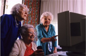 Computer-Games-to-Stimulate-Brain-Function-in-Seniors-Senior-women