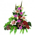Benefits of Flower Arranging as Crafts for Seniors